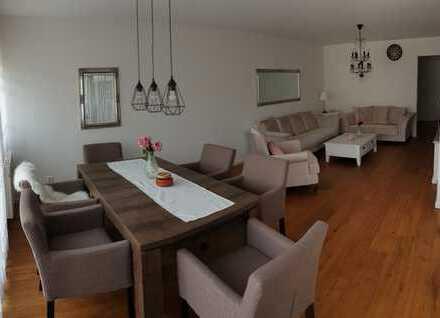 PROVISIONFREI 3,5 Zimmer Wohnung mit Balkon, 1 TG-Stellplatz - EG ohne Stufen, Komplett Renoviert