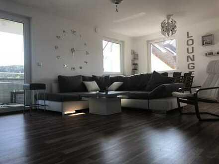 ** 3. Zi.- Wohnung mit Balkon in sonniger Höhenlage Bezugsbereit Bj. 2015 **