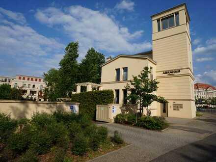 Repräsentativ mit A- Lage- incl. einzigartigem Büro im Turm mit Blick in den Park Sanssouci