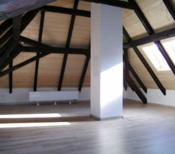 Neu renovierte 4,5 Zimmer Wohnung, zentrumsnah in Pfarrkirchen zu vermieten