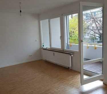 Renovierte 2-Zimmer-Wohnung mit Balkon in Johanneskirchen