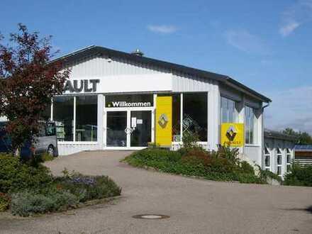 Kleines Autohaus mit attraktiven und vielseitig nutzbaren Räumen zu vermieten/verpachten
