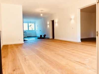 Exklusive 6-Zimmer-EG-Wohnung mit Garten, Terrasse & Garage I Erstbezug nach Sanierung
