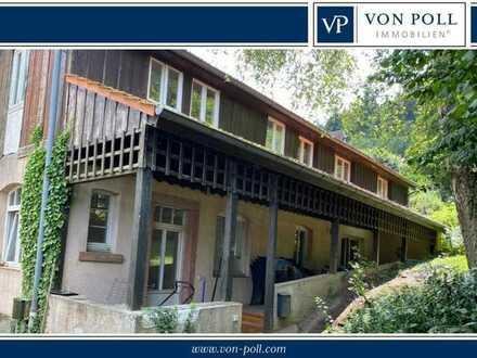 Wohnhaus mit Ausbaureserve auf ca. 1100 m² großem Grundstück
