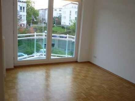 Bonn-Heiderhof; Schöne, moderne 3-Zimmer-Wohnung mit Balkon und TG-Stellplatz
