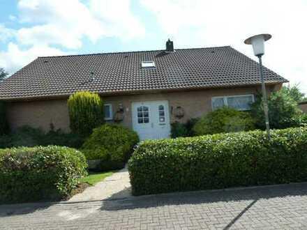 Wohnhaus mit Garage in der Brauereistadt Jever