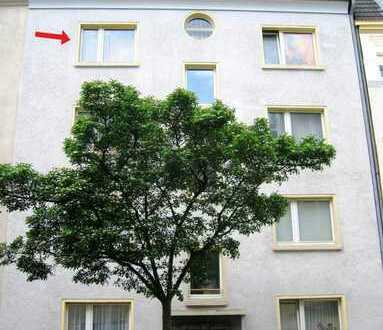 Schöne 2,5 Zimmer-Wohnung im 3.OG