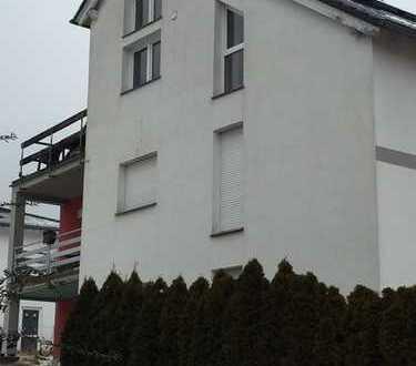 Helle möblierte Wohnung, 3,5 Zimmer mit Galerie und Balkon, sofort frei