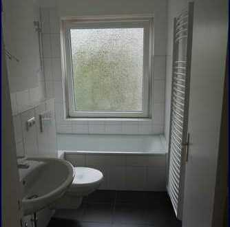 Modernisierte und renovierte 3 Zimmer-Wohnung in Altona-Nord !