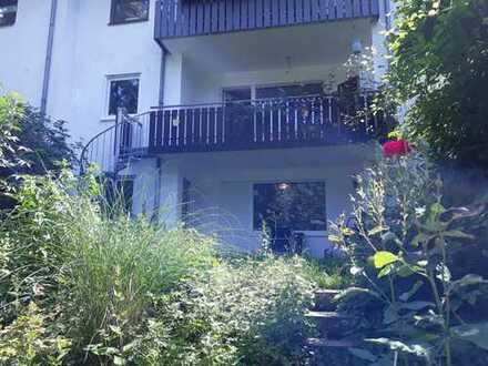 Sehr begehrt! Lützelsachsen: Stilvolle große Eigentumswohnung mit Garten in begehrter Toplage
