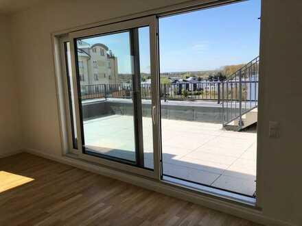 Erstbezug: stilvolle 2-Zimmer-Penthouse-Wohnung mit großer Dachterrasse Teltow