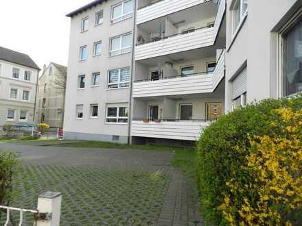 Tolle 3 Zi Wohnung mit Balkon - WBS notwendig