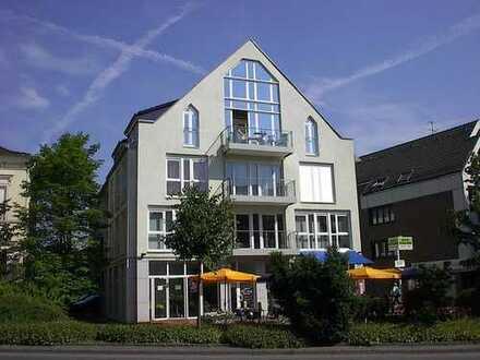 Schöne Maisonettewohnung mit Aufzug und Balkon mit Blick auf den Rodenbergpark
