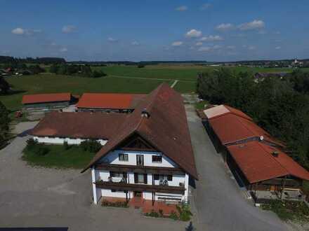 Idyllischer Reiterhof, inkl. Wohnhaus, Reithalle u. Reiterstüberl zwischen Ammersee und Lech
