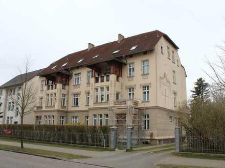 Vollständig renovierte Hochparterre-Wohnung mit einem Zimmer und Balkon in Wittstock/Dosse