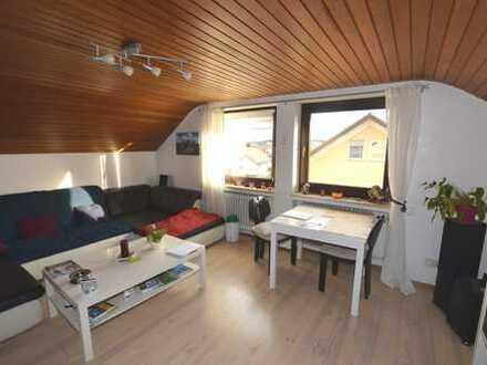 Gemütliche 3,5-Zimmer-Dachgeschosswohnung mit Garage in Biberach-Rindenmoos