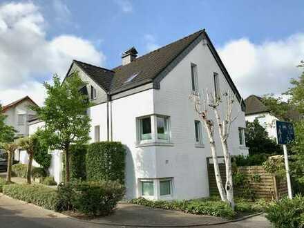 Modernisiertes 6-Zimmer-Einfamilienhaus mit EBK in Bredeney, Essen
