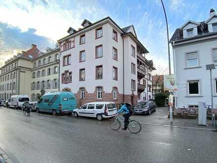 Geräumige Stadtwohnung in 79100 Freiburg, Wiehre