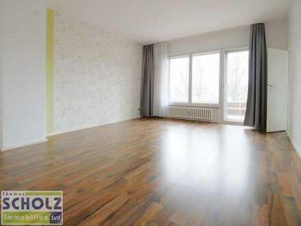 Tegel zu - himmlische Ruh. Helles 1 Zi. Apartment mit großem Sonnenbalkon, AUFZUG + Stellplatz