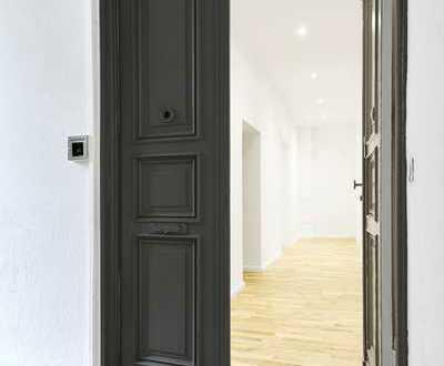 Sofort bezugsfreie sanierte 3-Zimmer-Wohnung im Altbau in Schöneberg