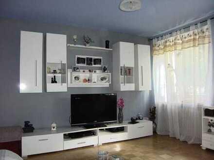 Ideal geschnittene 3-Zimmer-Wohnung in denkmalgeschütztem Haus