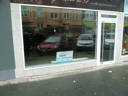 Kleines Ladenlokal- Innenstadtnah- direkte Parkmöglichkeit- moderne Fensterfront