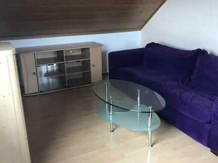 2-Zimmer-DG-Wohnung mit Küche in Östringen
