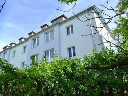 Wohnen im Grünen - 2-Zimmer-Wohnung mit Loggia