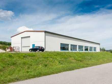 Gewerbehalle | 750m2 Nutzfläche + 1.050m2 Stellfläche – direkt an der B85! | Verkauf Lager Logistik