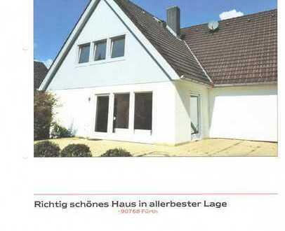 Gepflegtes Einfamilienhaus mit sechs Zimmern und Garten in Fürth