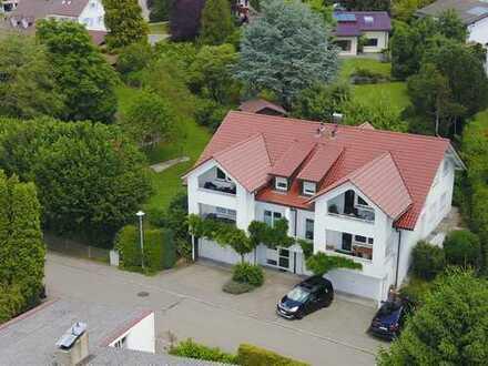 Vollständig renovierte 3-Zimmer-Dachgeschosswohnung mit Balkon in Schlier