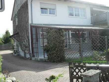 3ZKB, 112qm EG mit Garten, Terrasse u. Zierteich
