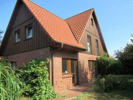 Schönes 4 Zimmer Haus mit besonderem Charme in ruhiger Lage Grenze Metjendorf/Oldenburg