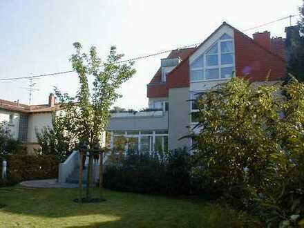 3- Zimmer Wohnung in 60529 Frankfurt am Main, Am Goldsteinpark