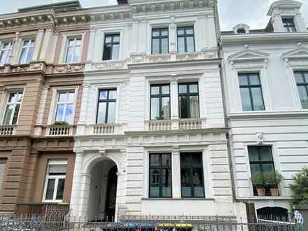Altbaucharme in der beliebten Bonner Südstadt! Repräsentative 3-Zimmer-Wohnung mit Wintergarten