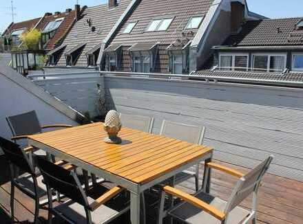 vollständig möblierte 5 Zimmer-Wohnung in der Südstadt mit Dachterrasse und 2 Bädern