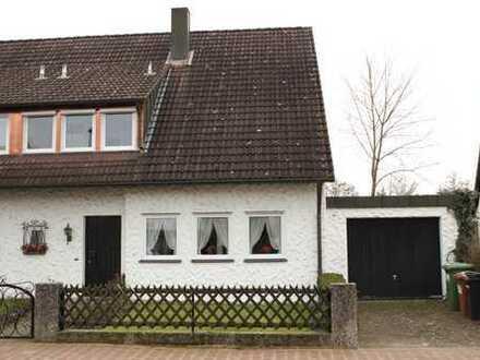 Modernisierte 5,5-Zimmer-Doppelhaushälfte in Feucht