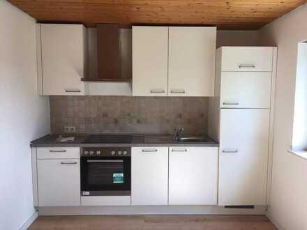 Wunderschöne 2-Zi-Wohnung mit Terrasse und neuer Einbauküche in Neresheim, Randlange