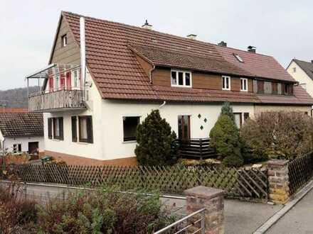 Mehr als eine Wohnung - selten im Angebot - 4 Zimmer-Wohnung in Aidlingen