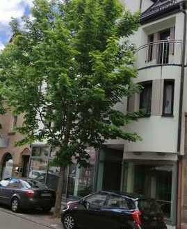 Modernisierte 2,5-Zimmer-Wohnung - Nähe Bahnhof - an junges Paar oder Einzelpreson zu vermieten