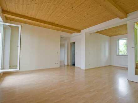 Penthaus-Wohnung 3 ZKB mit Wintergarten, Dachterrasse u. EBK