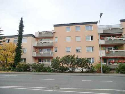 Profi Concept: großzügige 4-Zimmerwohnung im Hochparterre mit sonnigem Süd-West Balkon