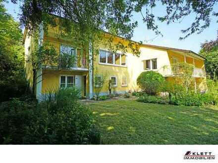 Alles außer gewöhnlich: Großzügiges Anwesen (Villa) mit parkähnlichem Garten