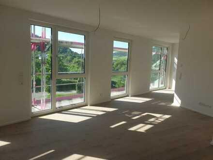 Erstbezug: freundliche 3-Zimmer-Wohnung mit Einbauküche und Balkon in Nagold