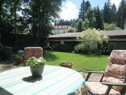 180 m2 Halle m. Büro + 5-Zi.-ETW m. Dachterrasse + Garten!