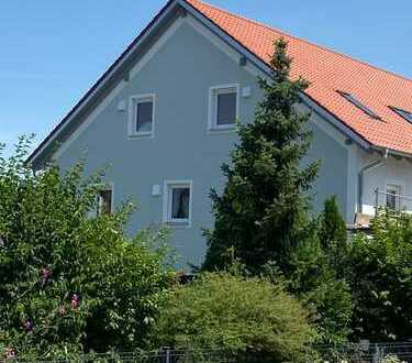 Erstbezug mit Balkon: attraktive 5-Zimmer-Maisonette-Wohnung in Schierling