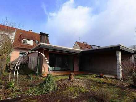 Tolle Doppelhaushälfte mit großer Garage und Garten in Neckarelz