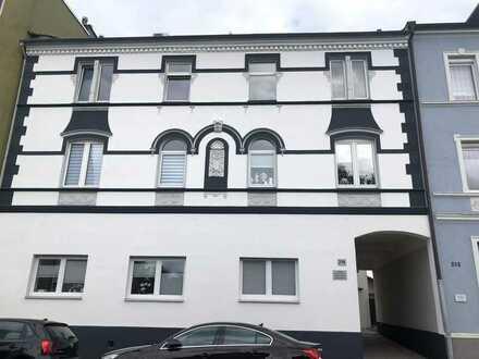 Erstbezug nach Sanierung: freundliche 2,5-Zimmer-Wohnung mit gehobener Innenausstattung in Herne