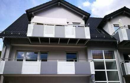 Modernisierte 3-Zimmer-Wohnung, Küche, Bad, mit Balkon und EBK in Mespelbrunn