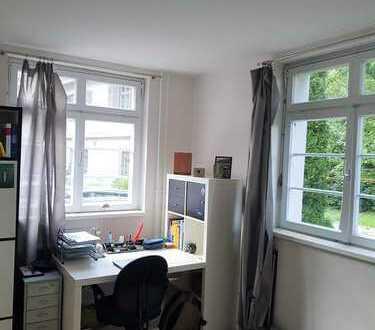 Helles 14 m² Zimmer in frisch sanierter 3er WG in Lustnau zu vermieten